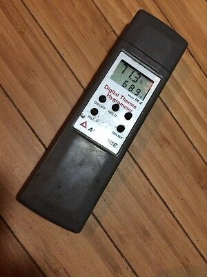 Used Amprobe TH-2 Digital Thermo/ hygrometer Free Shipping