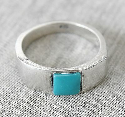 Vintage Turquoise Silver Sterling 925 Ring Size: 7.5 Hand Crafted