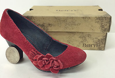 MINIATURE BORN WOMAN'S RED SUEDE DRESS PUMP  - SALESMAN SAMPLE w/ SHOE BOX