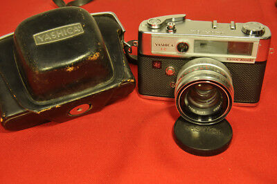 Yashica 1C Lynx 5000E Camera w/ Yashinon 45mm f/1.8 lens with case and cap