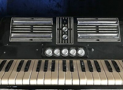 Vintage Francine Bass Accordion w/Case -Italian- Prev. Owner -Good Condition