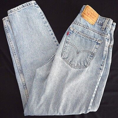 VINTAGE LEVIS 521 womens jeans 12 SHT 30x28 tapered leg high waisted mom light