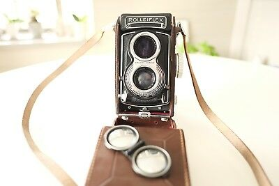 Rolleiflex TLR Medium Format Film Camera w/3.5 75mm Zeiss Lens and leather case
