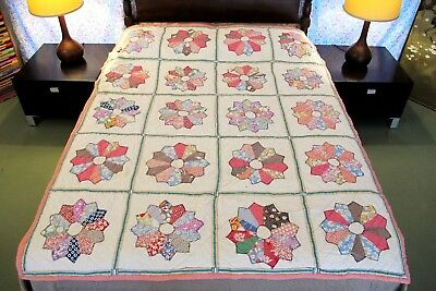 Vintage Feed Sack Hand Sewn APPLIQUE DRESDEN PLATE QUILT, Needs Minor TLC, Full