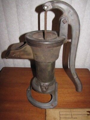 Antique Vintage Cast Iron  Hand Well Water Pump