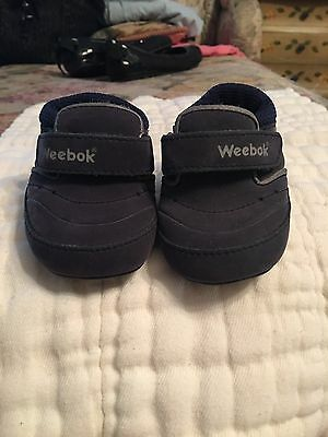 df7bc15f3bc86 WEEBOK INFANT BOYS Navy Leather Crib Shoes Size 0 ~ VGUC -  13.99 ...