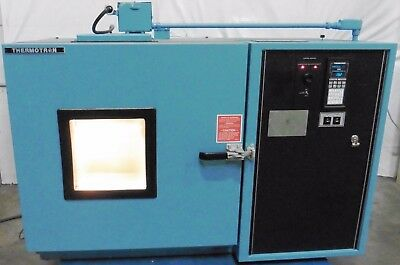 G145376 Thermotron SM-5.5C Environmental Test Chamber w/Humidity