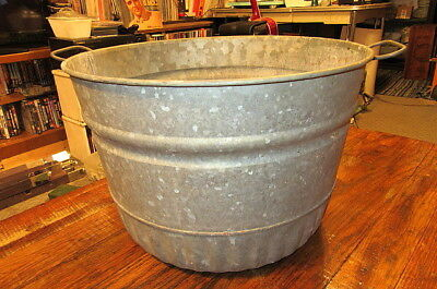 Vintage Galvanized Steel Round Wash Tub Bucket Garden Flower Planter Farmhouse