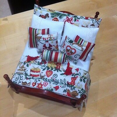 12 th scale Doll's House Christmas made in Makower Fabrics  Bedding Set