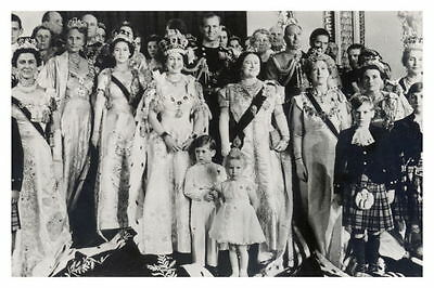 """mm733 -Queen Elizabeth II & large family group - Coronation - Royalty photo 6x4"""""""