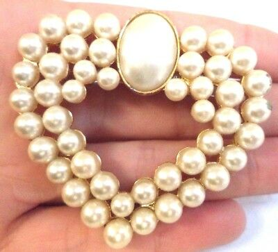 "Stunning Vintage Estate Faux Pearl Heart Gold Tone 1 3/8"" Brooch!!!! 6993T"
