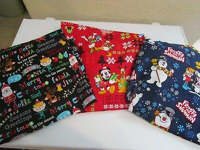 Christmas Print Scrub Tops V Neck W/ Pockets - Frosty - Santa Or  Disney Nwt