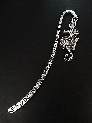 New Collectable Antique Silver Tone Metal Bookmark with Seahorse Shape Charm V1