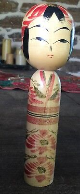Vintage Signed Wooden Japanese Kokoshi Doll.