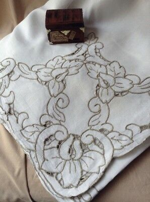 """Antique 1920 -1930's Vintage MADEIRA  Hand Embroidered Linen Tablecloth 67 X100"""""""