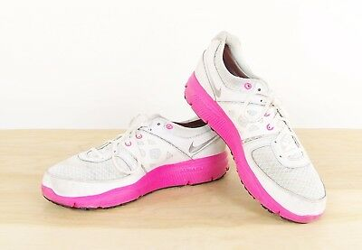 341107c60172 Nike Lunar Forever Athletic Shoes Women s Size 12 Pink White Model  488164-100