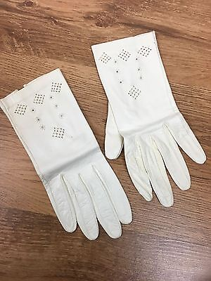 Vintage 30's 40's Gloves Kid Leather Off White Women's Small 6 Embroidered