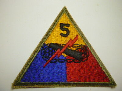 A    WW 2 U S Army 5th Armored Division Cut Edge Snow Back Patch