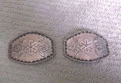 Vintage Tip Toe Shoe Accents Shoe Clips Pair In Silvertone With A Floral Design