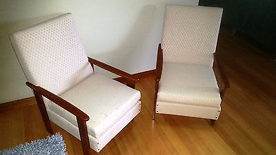 Pair of Stunning Vintage Retro Mid Century Time Armchairs *Excellent Condition*