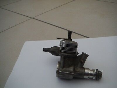 Rivers 3.5cc Silver Streak? diesel model aircraft engine