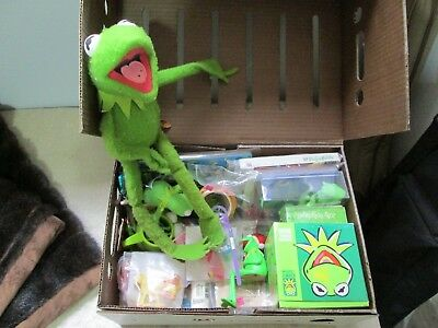 """Kermit the Frog poseable 19"""" stuffed Jim Henson Muppets and Kermit Collectibles!"""