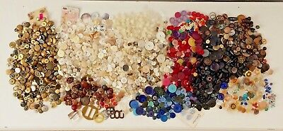 Huge BUTTON COLLECTION LOT Antique Vtg Bakelite Glass Brass 7+ lbs Sewing Crafts