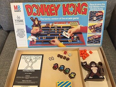 Donkey Kong family board game vintage 1983