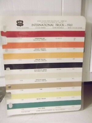 VINTAGE International HARVESTER 1961 TRUCK COLOR SCHEME  LEAFLET