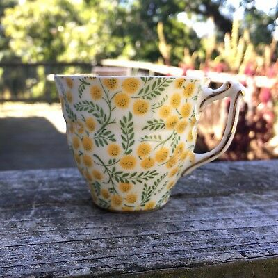 OLD ROYAL Yellow flowers chintz Tea TECUP BONE CHINA Made in ENGLAND replacement