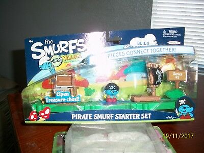 2013 Pirate Smurf Micro Village Series 1 Starter Set-NIP