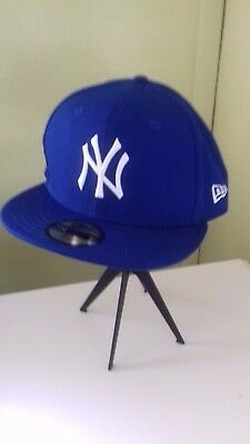 New York Yankees New Era Cap -59 Fifty - Size 7 1/8  - Brand new