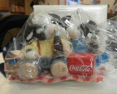 """827010 ENESCO """"I've Only Got Ice For Moo"""" Mary's Moo Moos Figurine Coca-Cola New"""