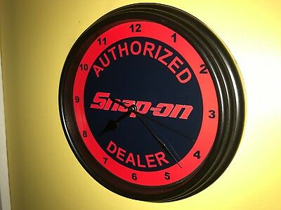 Snap On Tools Mechanic Wrench Garage Store AuthDealer Man Cave Wall Clock Sign