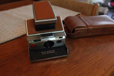 Vintage Polaroid SX-70 Collapsible Land Camera and Leather Case