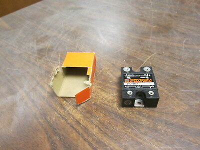 Crydom Solid State Relay D2410 Input:3-32VDC Output: 240VAC 10A New Surplus