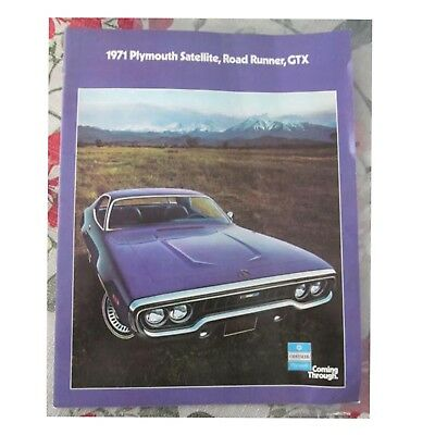 Awesome 1971 Plymouth Satelitte Road Runner GTX Dealer Brochure 10 pgs