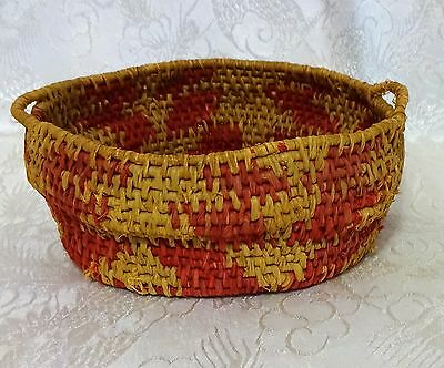 """Vintage Native American Indian Basket Woven w/Handles ~ 6 1/4"""" ~ Red"""