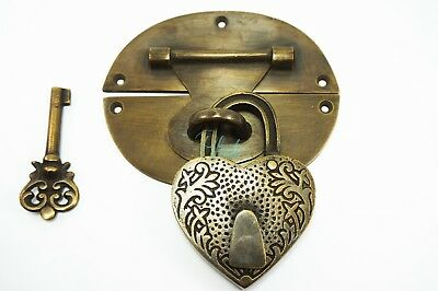 Heavy Padlock catch hasp latch vintage antique box staple door heavy LOCK & KEY