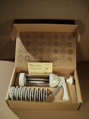 The Pampered Chef Cookie Press, # 1525 with Box, Instructions, New Condition!