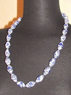 Vintage Chinese Blue & White Hand Painted Porcelain Bead Hand Knotted Necklace