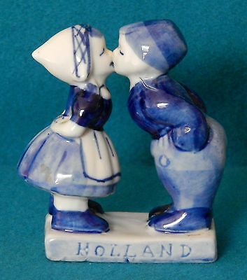 Vintage Hand Painted Delft Blue Dutch Kissing Boy & Girl 3''