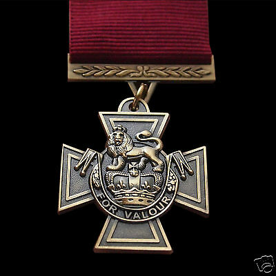 Victoria Cross Medal Highest Military Award For Conspicuous Bravery Rare Repro