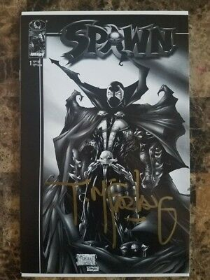 SPAWN #1 BLACK & WHITE VARIANT 1997 Signed By TODD McFARLANE