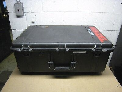 Pelican 1650 Large Protector Case Black w/ Wheels Handle Foam Used Free Shipping