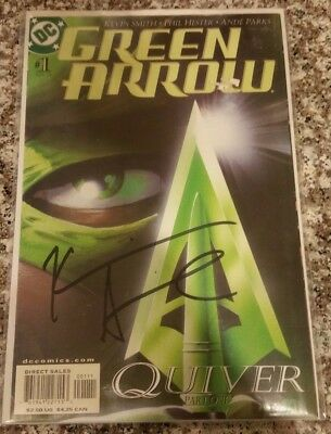 Green Arrow #1 SIGNED by Kevin Smith