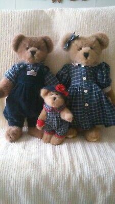 Boyds Bears Courtney, Nelson and Bailey