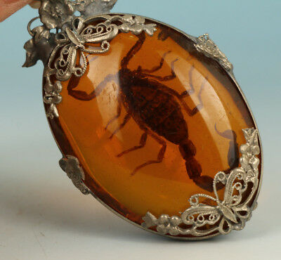 Chinese  Resin Amber Collection True Scorpion Statue Figure Pendant