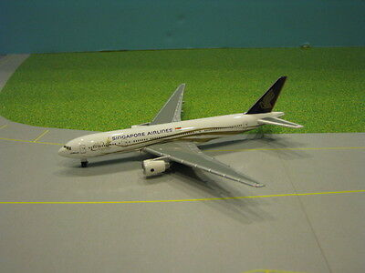 "Herpa Wings (He511124) Singapore ""jubilee"" 777-200 1:500 Scale Diecast Model"