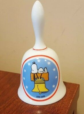 SCHMID BROS Snoopy Peanuts CERAMIC BELL - Bicentennial 1976  MADE IN JAPAN